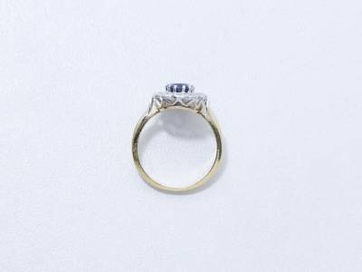 b2ap3_thumbnail_Sapphir-and-diamond-ring.jpg